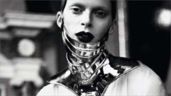 Mert & Marcus: Metal Headz