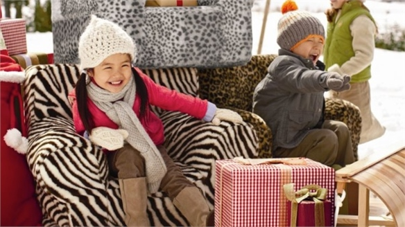 Pottery Barn Kids' Super-Service Christmas Pop-Up