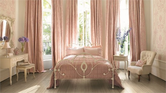 Laura Ashley to Open Boutique Hotel