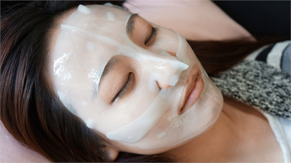 Facial Masks Take Off In The US
