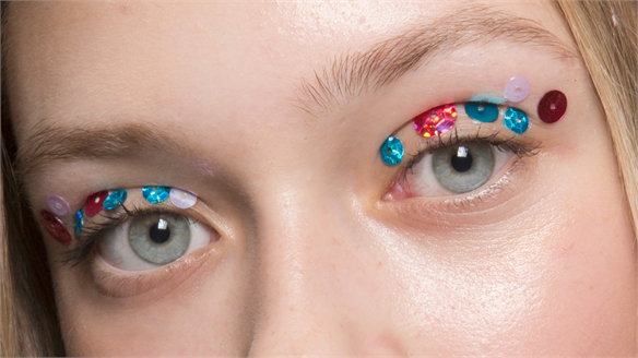 Eye Foils: Product Trend