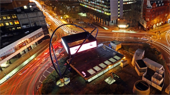 Google Brings Digital Billboard To Silicon Roundabout