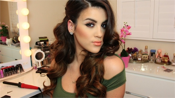 Hispanic Beauty: Social Influencers