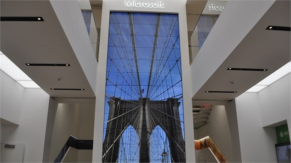 Microsoft's Debut Flagship (NY) Trades on Edutainment