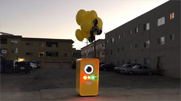 Snapchat's Stealthy Vending Machine Sells Social Media Specs