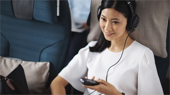 Cathay Pacific Partners with Net-A-Porter