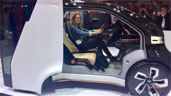 CES 2017: Honda's Emotional Car