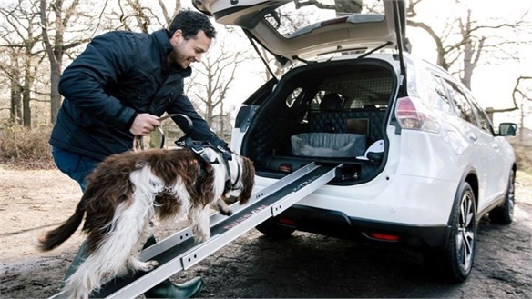 Nissan's X-Trail 4Dogs