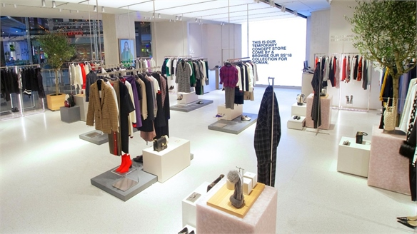 Click & Collect Futures: Zara's Showroom Store