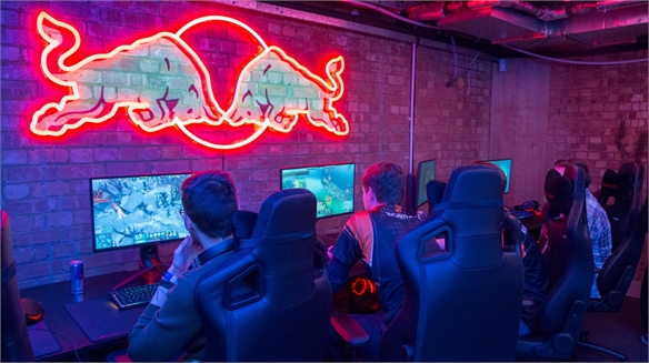 Red Bull Opens E-Sports Bar In London