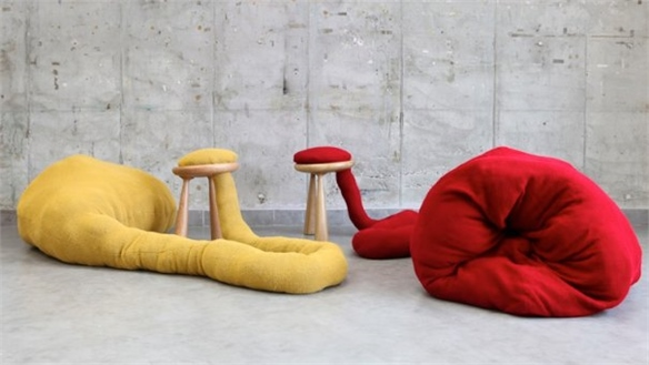 Pet Stools by Eyal Hirsh