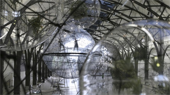 Tomás Saraceno's Cloud Cities