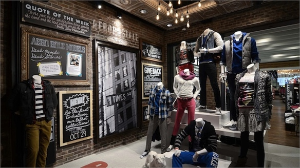 In-Store Tech for Teens: Aeropostale, NY