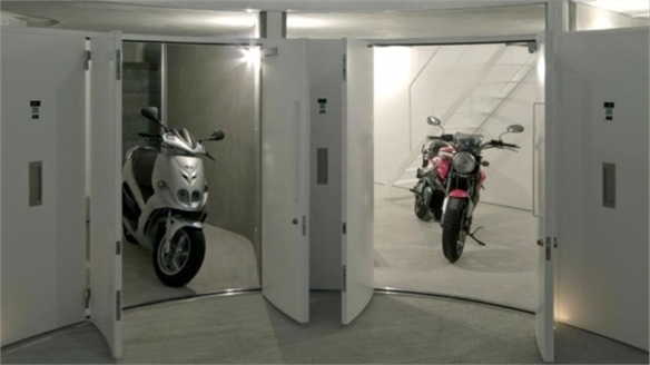 Niche Apartments for Motorcyclists