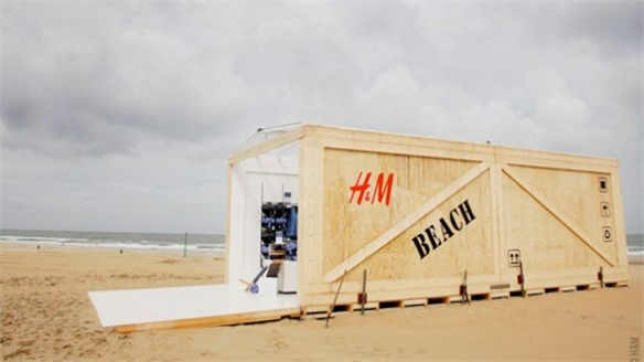 H&M: Sales on the Beach