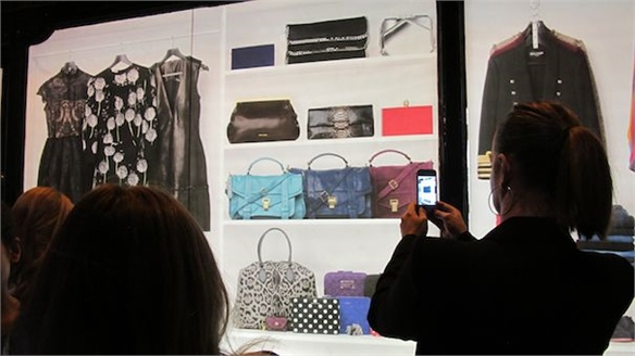 Net-a-Porter's Augmented Reality Pop-up
