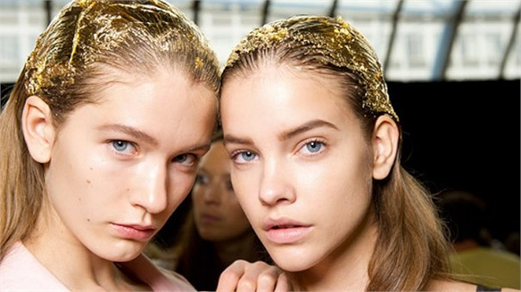 Hair Colour Trend: Golden Locks