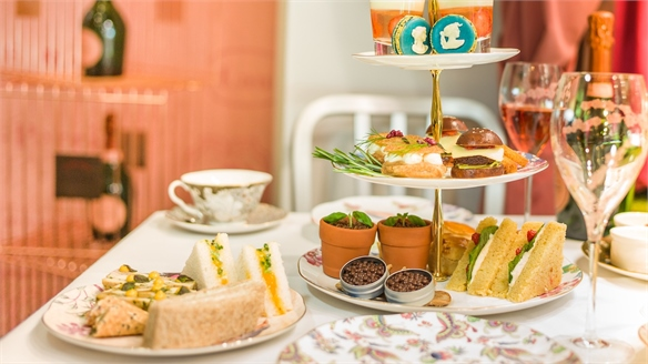 Pop-Up Serves Upgraded Afternoon Tea