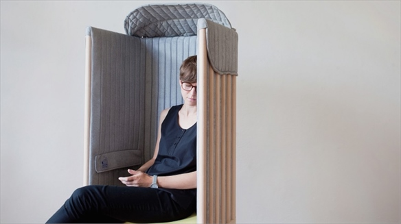Offline Chair: Disconnecting to De-Stress