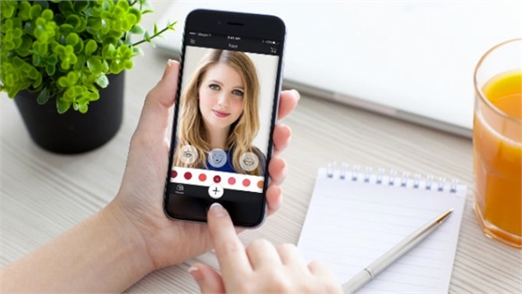 Virtual Mobile Retail: Face AR Beauty App