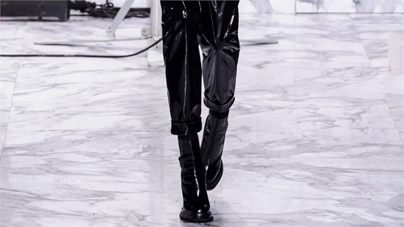 Paris A/W 16/17 Trend Flash: PVC Pants