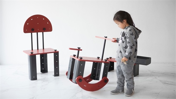 Toniture: Life-Sized Meccano Furniture for Kids