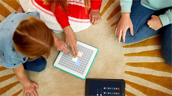 Digital Console Lets Kids Design Their Own Board Games