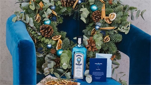 Bombay Sapphire's Christmas Wreath for Gin Lovers
