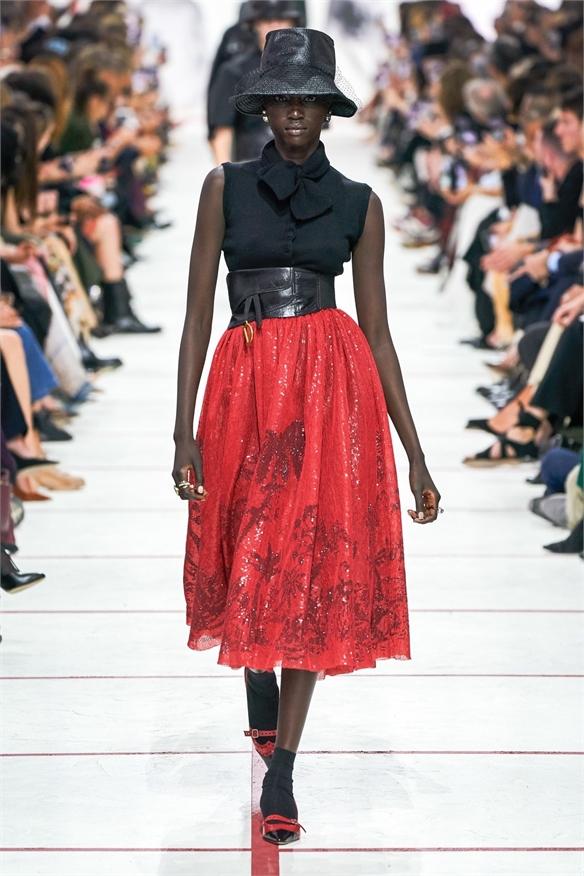 497b160d1c37 A W 19 20 Influencer Show  Christian Dior