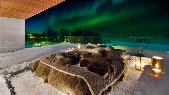 Northern Lights Hotel Takes Bedtime Outdoors