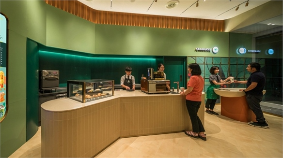Starbucks China Opens Express Retail Store