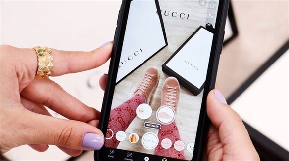 Gucci Partners with Snapchat for AR Try-On