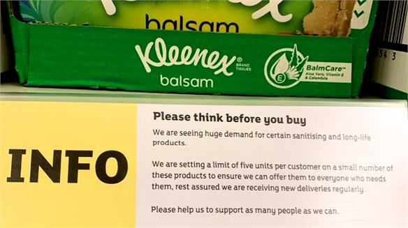 Sainsbury's On-Shelf Messaging to Stem Panic