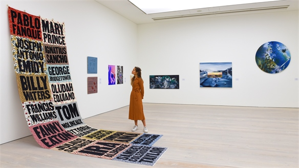 Saatchi Gallery Gives Graduate Artists a Physical Showcase
