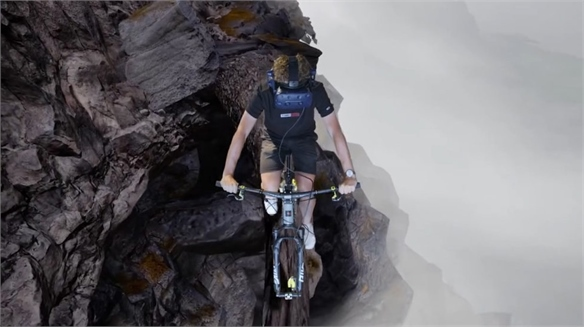 Santa Cruz Bicycles' In-Store VR Thrill Ride