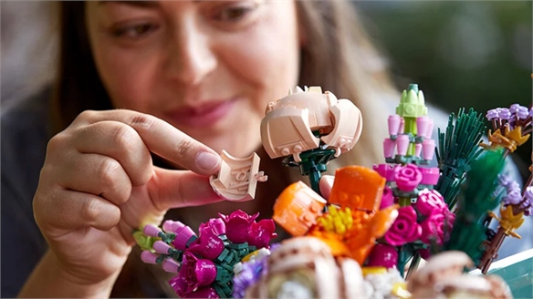 Lego Launches Mindful Botanical Kits for Adults